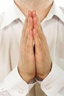 Man praying © Szocs Jozsef | Dreamstime.com