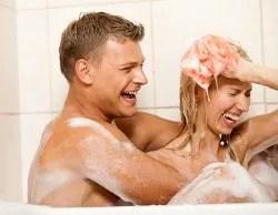 Sex positive couple in bathtub | freedigitalphotos.net