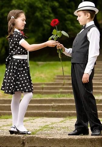 A date © Mihai Blanaru   Dreamstime.com