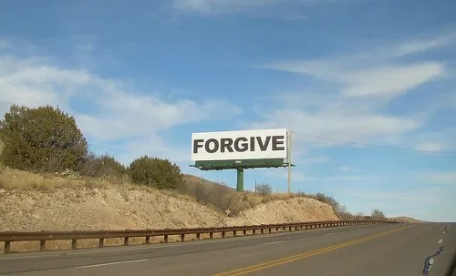 forgive sign @ Ross Griff | flickr.com