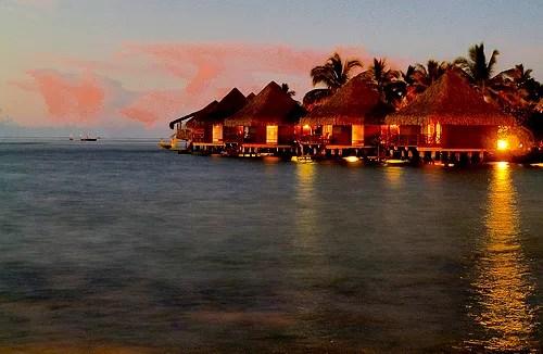 Intercontinental Hotel Tahiti © Michael R Perry | flickr.com
