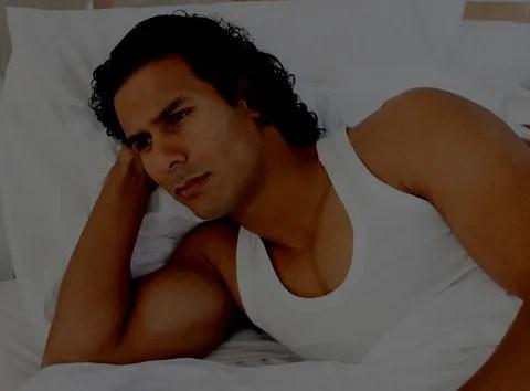 Upset in bed © Wavebreakmedia Ltd | Dreamstime.com