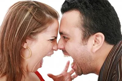 Angry couple © David Castillo Dominici | freedigitalphotos.net