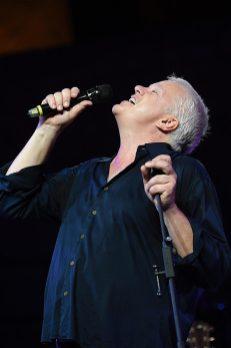 Tim Robbins in concerto