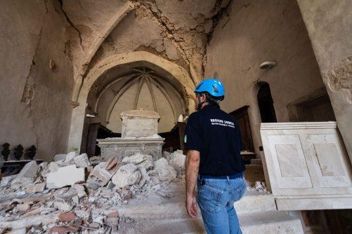 Heartquake-terremoto-umbria-2016-foto-Marco-Giugliarelli-the-mag (11)