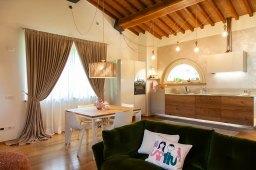 our-home-un-nido-caldo-come-il-legno-the-mag-40 (2)