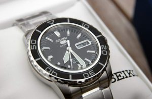 seiko-5-snzh55