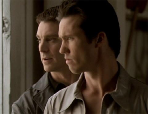 Jeffrey Donovan and Michael T Weiss in The Pretender