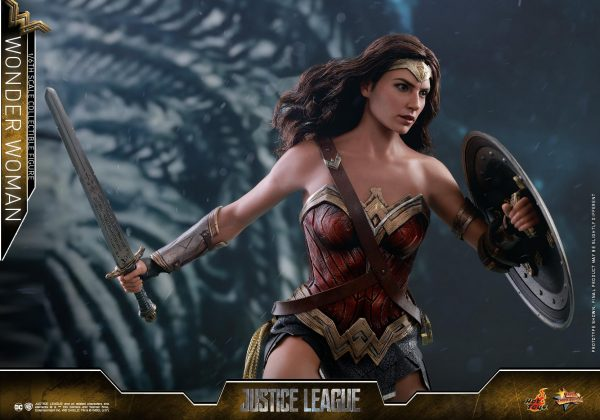 Wonder Woman Justice League Hot Toy