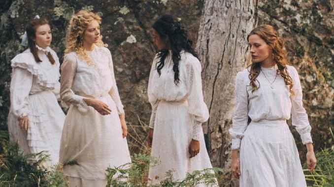 Picnic girls