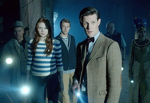 Review: Doctor Who - 7x2 - Dinosaurs on a Spaceship