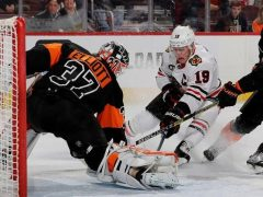 The Rink Toews-e1542042532252 RECAP: Blackhawks Fall to Flyers in Saturday Matinee Action Sean Couturier Patrick Kane John Hayden Duncan Keith Corey Crawford Claude Giroux Chicago Blackhawks Brent Seabrook