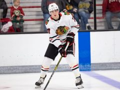 Kirby Dach Blackhawks