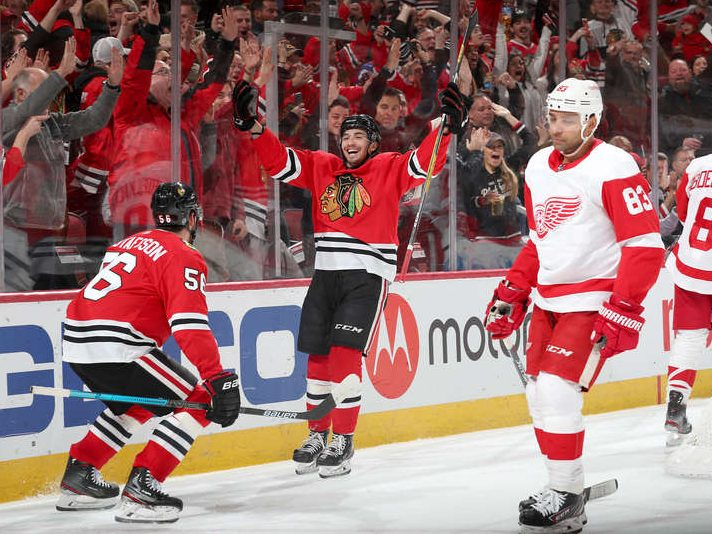 Along the Boards: Chicago wakes up to defeat Detroit 4–2.
