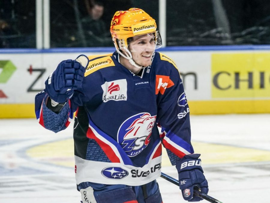 Blackhawks sign free agent Pius Suter from Swiss National League, finalize Kalynuk and Mitchell contracts