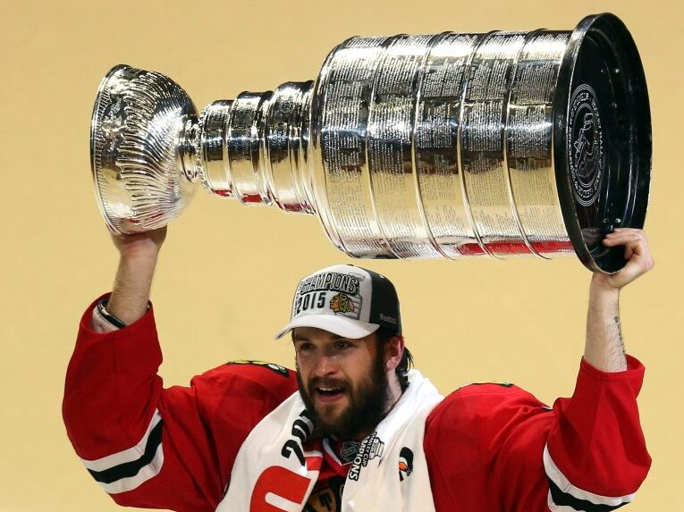 Brent Seabrook announces end of playing career