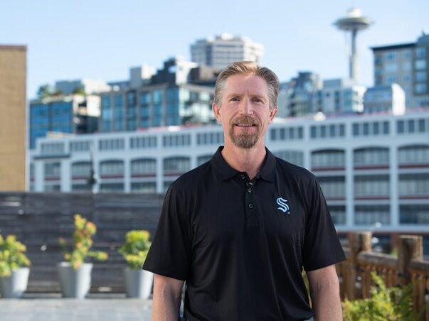 BREAKING: Seattle Kraken name Dave Hakstol as inaugural head coach