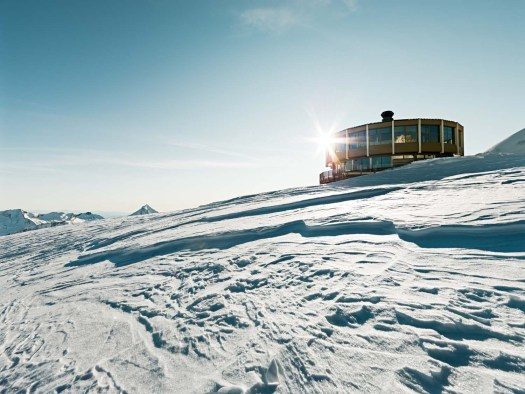 Roundtop restaurant in Saas-Fee. Saas-Fee won the Marketing Trophy thanks to its crowdfunding campaign
