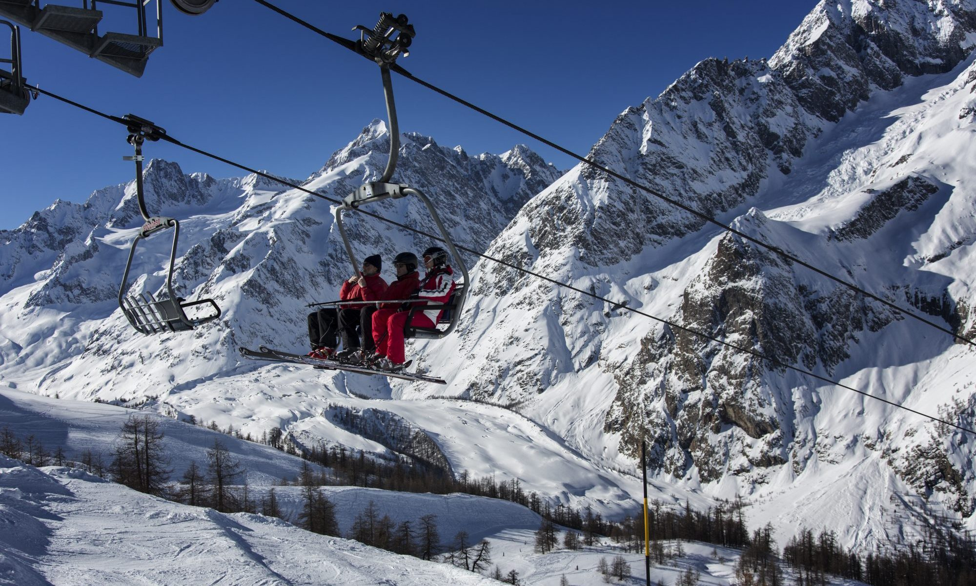 Christmas Village Ski Lift For Sale.The Amazing Ski Area In Courmayeur The Ski Guru