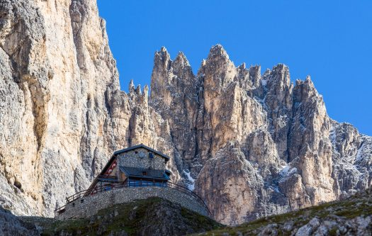 Tonadico - Dolomiti Pale di San Martino - Rifugio Pradidali. Fototeca Trentino Sviluppo S.p.A. - FOTO DI Tommaso Forin. Trentino offers over 8,000 kilometres of biking trails and 8 downhill bike parks.