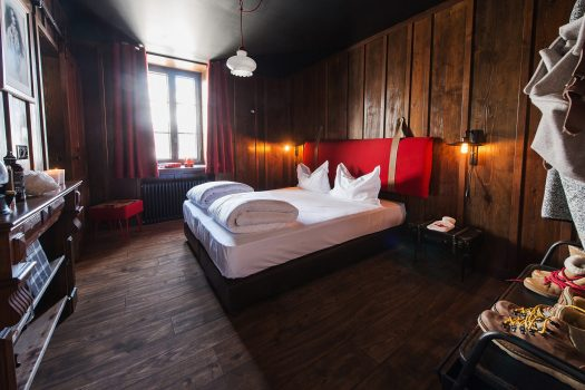 Room at the Terminal Neige-Refuge in Montenvers- lovely big rooms with wood-clad walls and everything to make your stay comfortable. Photo Sophie Molest iDavid Andre.