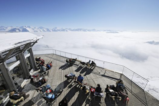 Lenk-Simmental -View of the mountains and the sea of fog in the valley from the 2,190 m Stockhorn in Erlenbach. Copyright by Stockhorn AG By-line: swiss-image.ch/Jost von Allmen. Adelboden Lenk Kandersteg: What is going on for the 2018-19 ski season.
