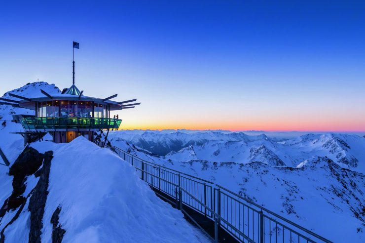 Top of the Mountain Obergurgl-Hochgurgl. Ski this Easter with your family in 'snow sure' Obergurl-Hochgurgl and Sölden with The-Ski-Guru TRAVEL