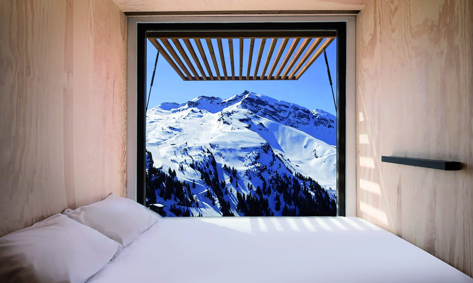 "Flying Nest Montage in Avoriaz 1800. The ""FLYING NEST"" pop-up mobile accommodation concept is this season in Avoriaz 1800."