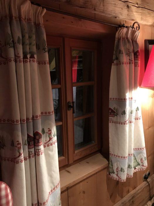 Curtains' detail of the bunk bedroom at the White Deer - San Lorenzo Lodges. Photo: The-Ski-Guru. Spot on White Deer – San Lorenzo Mountain Lodge.