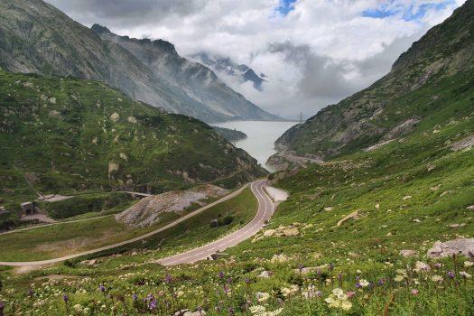 Grimsel Pass. Photo: Ximonic. Haslital- Räterichsbodensee. A drive through the Nufenenpass (Passo della Novena) and Grimsel Pass in Switzerland.
