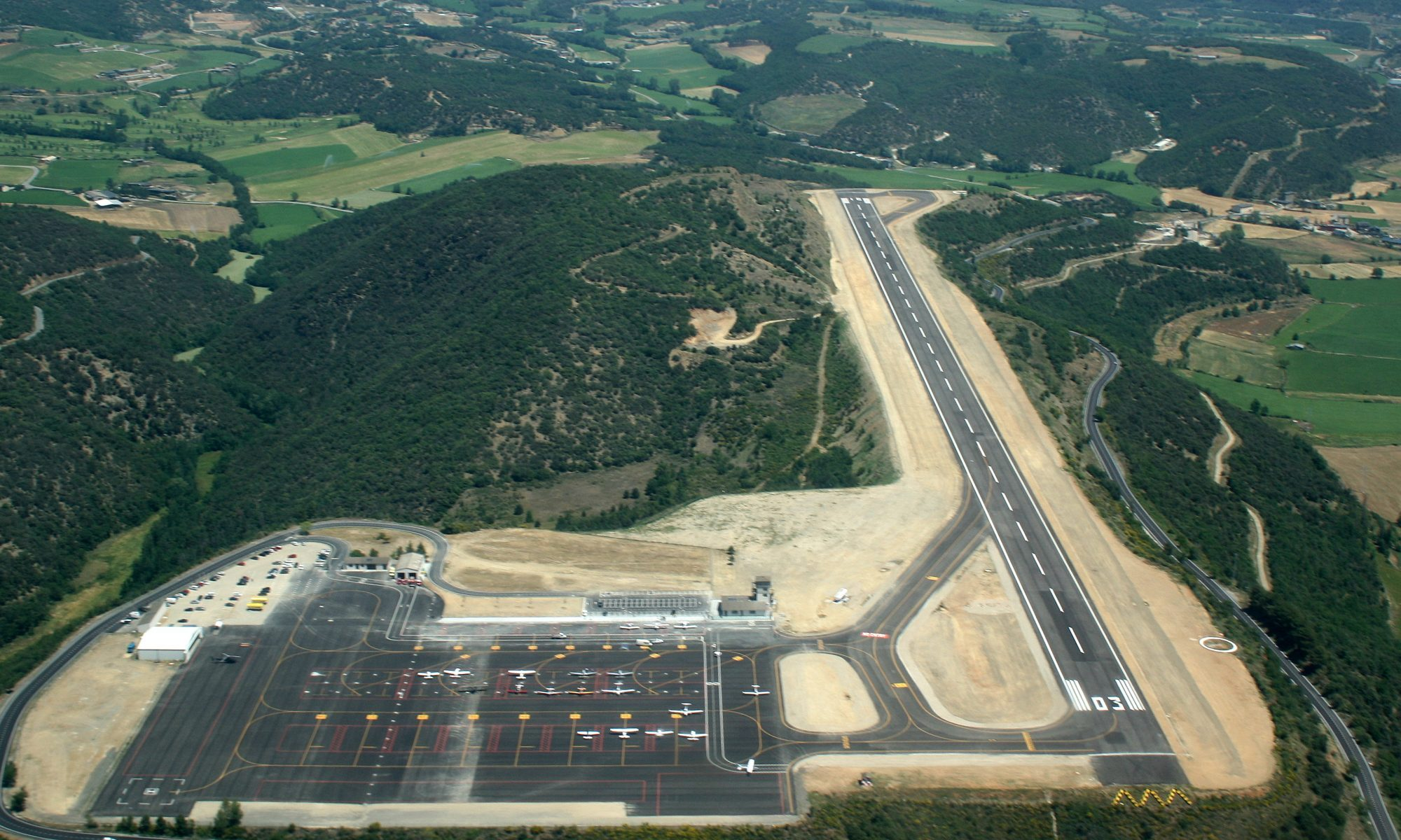 La Seu d'Urgell Airport in Catalunya, outside Andorra serves the Andorran airspace. The EFA claims that the failure of the GPS makes an airport essential in the country