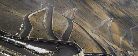 OPENING THE STELVIO GLACIER. Passo dello Stelvio- Stelvio Pass.