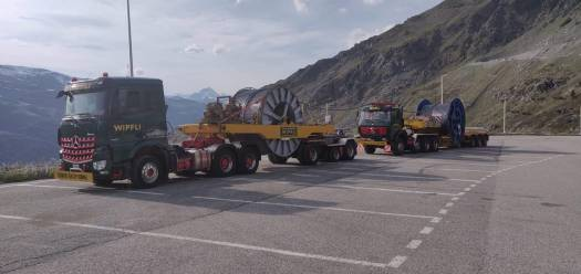 Val Thorens- Lorries are carrying the loading cables. Photo: Val Thorens TO. What is new for Val Thorens for 2019/20.