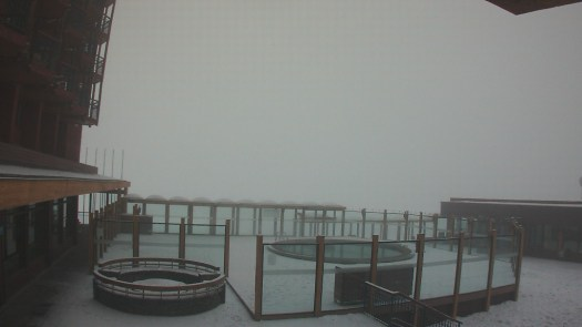 Valle Nevado Webcam 13 June. Does the snow in the Northern Hemisphere correlates with the Southern Hemisphere?