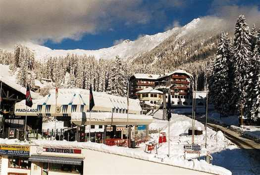 The Hotel Bertelli with its great location just across the Pradalago lift that serves intermediate slopes. The Ski Area Campiglio Dolomiti di Brenta is opening its 2019/20 ski season. News of the resort.