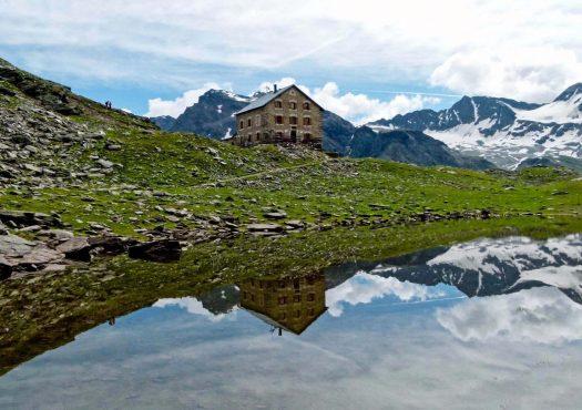 Lake and Rifugio Coston in Passo dello Stelvio, photo by Giorgio Rodano. Club Alpino Italiano. The plans for reopening the mountain huts (rifugios) during summer in the Italian Alps in times of COVID19.