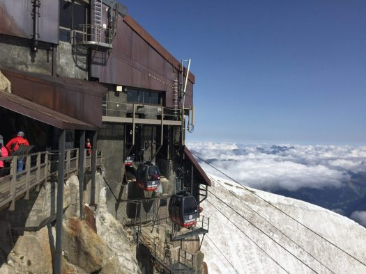 The departure of the Panoramic Mont Blanc Lift. We needed to go down and get going back to Troyes that night, but some day I'll get on it. Aiguille du Midi vs Punta Helbronner – which one you should do?