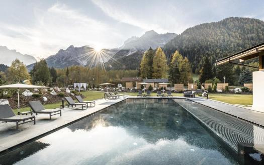 Outdoor pool at the Bad Moss Resort. Book your stay at the Bad Moss resort here. Drei Zinnen will continue with its plan to install the Helmjet Sexten 10-seater cable car.