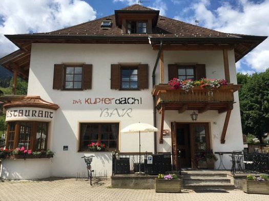 Ins Kupfer Dachl Bar and Restaurant. Drei Zinnen will continue with its plan to install the Helmjet Sexten 10-seater cable car.