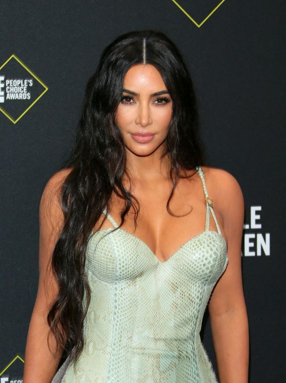Kim Kardashian attends the E! People's Choice Awards in 2019