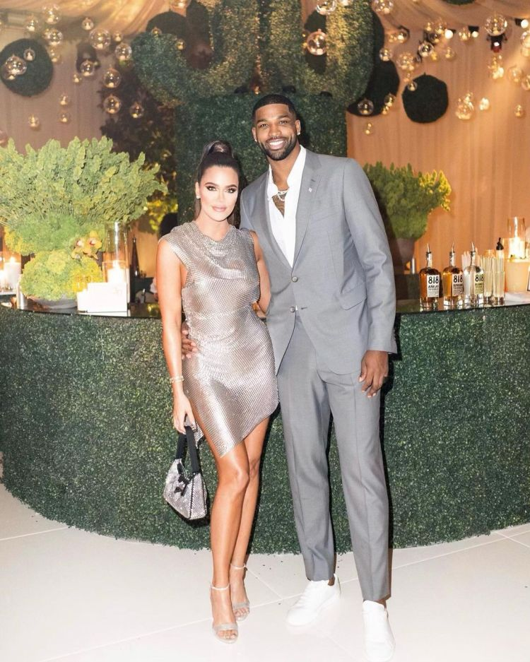 Tristan Thompson loses $750K on lakeside Cleveland home he ...