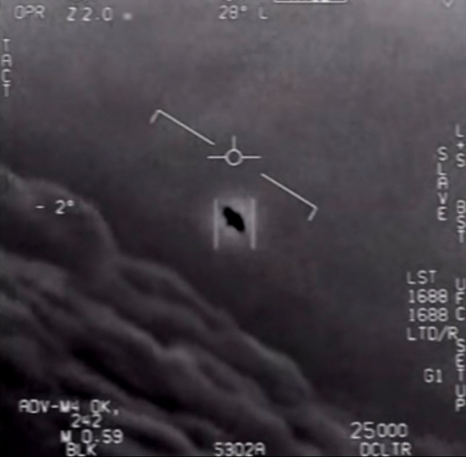 Screenshot from the 'Gimbal' UFO video which includes US Navy pilots exclaiming 'look at that thing!'