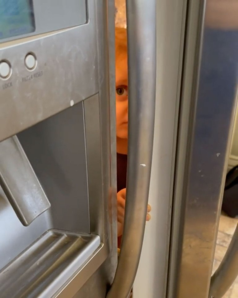 Jessa found her daughter through a tiny crack in the door