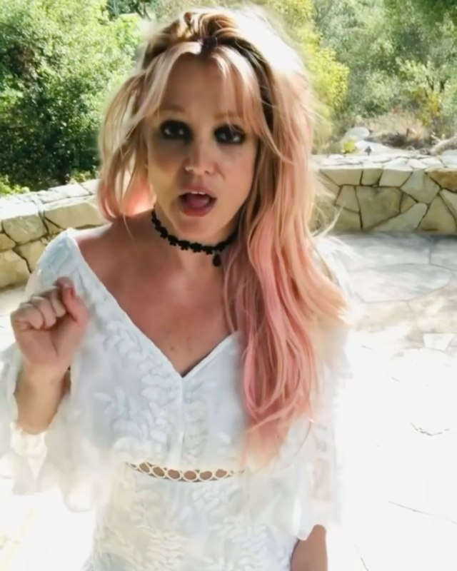 The Sun exclusively revealed that the singer bought a Florida condo for her younger sister, although Jamie Lynn says it belongs to the family