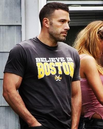 Jennifer Lopez 'liked' a photo of Ben Affleck on a Bennifer fan account