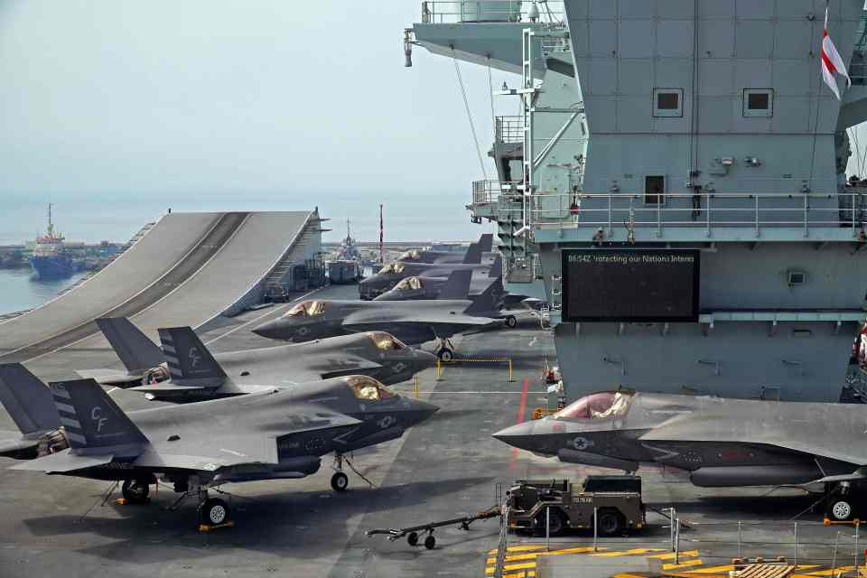 Drones could complement aircraft carriers such as the F-35, says Frantzman