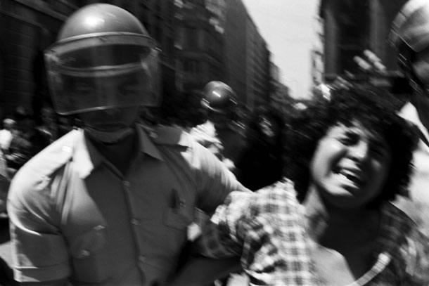 pinochet coup 40 years ago chile 911 photojournalist juan carlos caceres weapon camera 6 The Pinochet Coup 40 Years Ago    Of Chiles 9/11 and Photojournalist Juan Carlos Cáceres' Only Weapon, His Camera