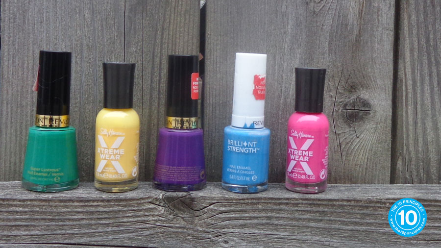 Nail polish is perfect for small crafts