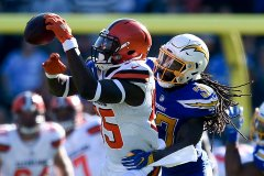Cleveland Browns Notes: Browns Remain Static Against the Chargers