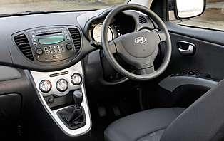 Car Reviews Hyundai I10 1 1 Classic